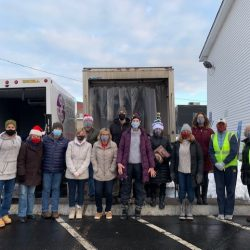Franklin Food Pantry distributes holiday meals
